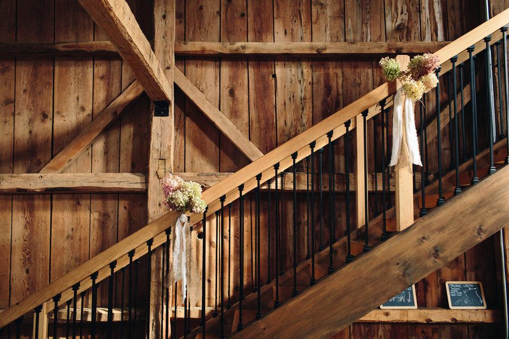 048-wedding-photography--rustic--intimate--farm--portland--maine--flannagan-farm.jpg