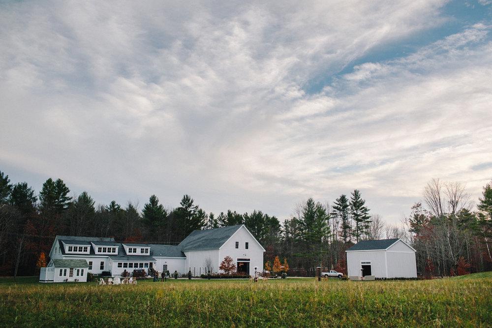 056-wedding-photography--rustic--intimate--farm--portland--maine--flannagan-farm.jpg