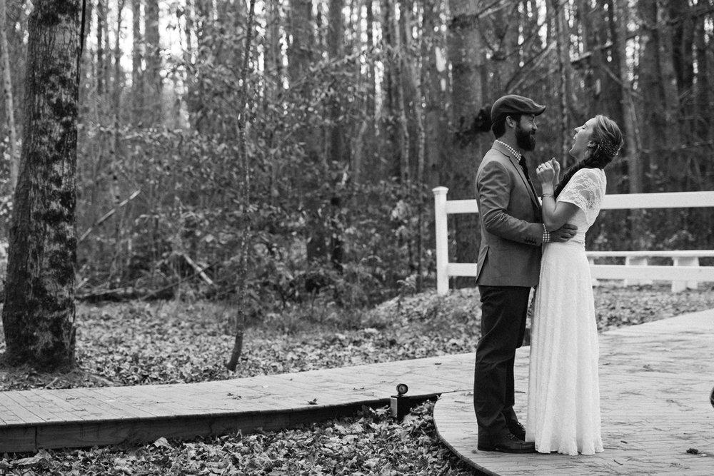 117-wedding-photography--rustic--intimate--farm--portland--maine--flannagan-farm.jpg