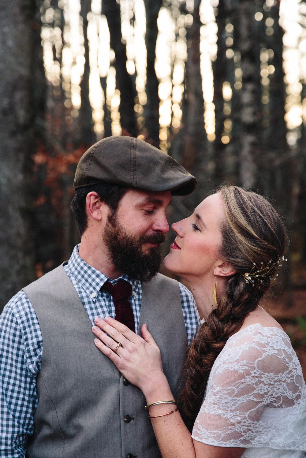 121-wedding-photography--rustic--intimate--farm--portland--maine--flannagan-farm.jpg