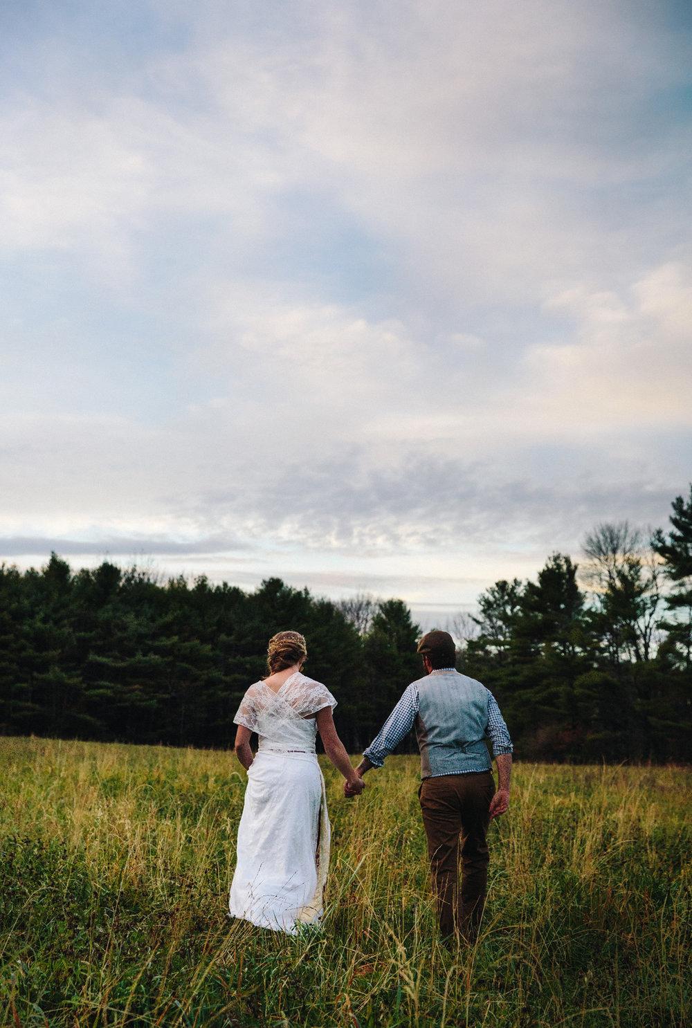 213-wedding-photography--rustic--intimate--farm--portland--maine--flannagan-farm.jpg