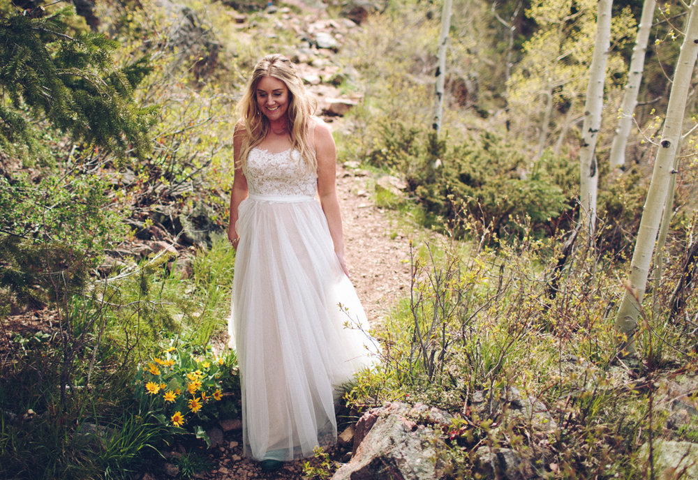 067-elopement--photography--colorado--mountain--vail--snow--intimate--wedding.jpg