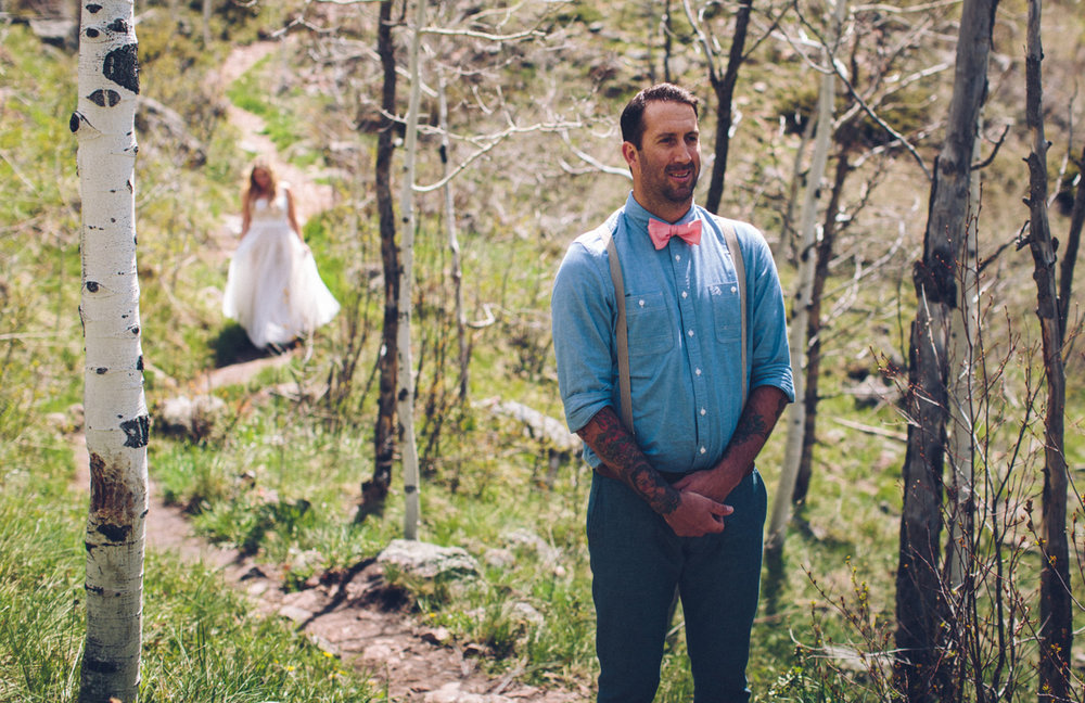 072-elopement--photography--colorado--mountain--vail--snow--intimate--wedding.jpg