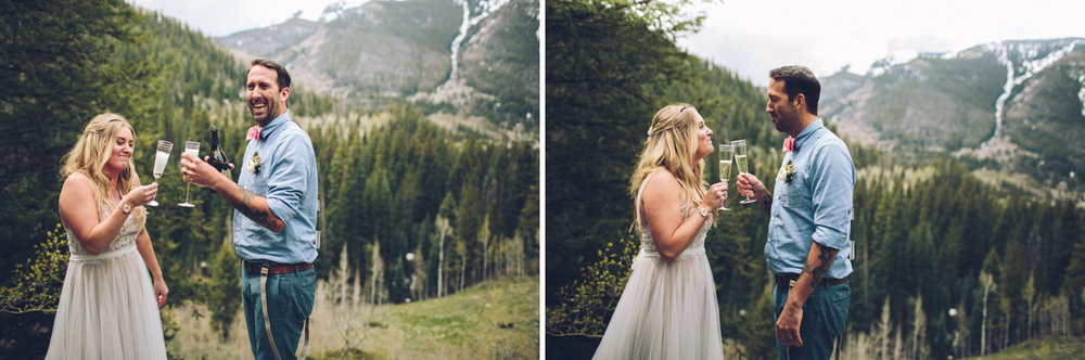116-elopement--photography--colorado--mountain--vail--snow--intimate--wedding.jpg