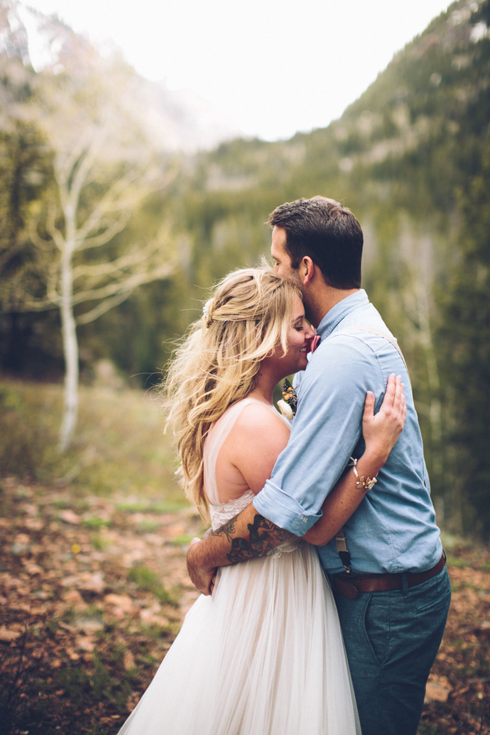 144-elopement--photography--colorado--mountain--vail--snow--intimate--wedding.jpg
