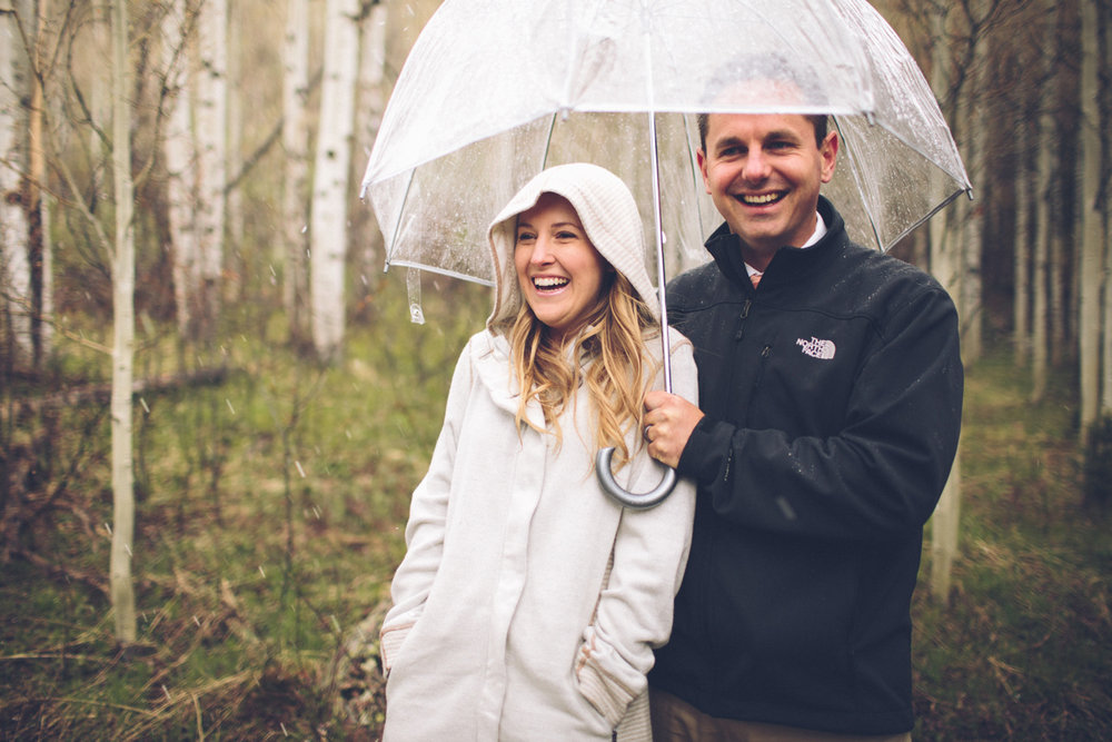 172-elopement--photography--colorado--mountain--vail--snow--intimate--wedding.jpg
