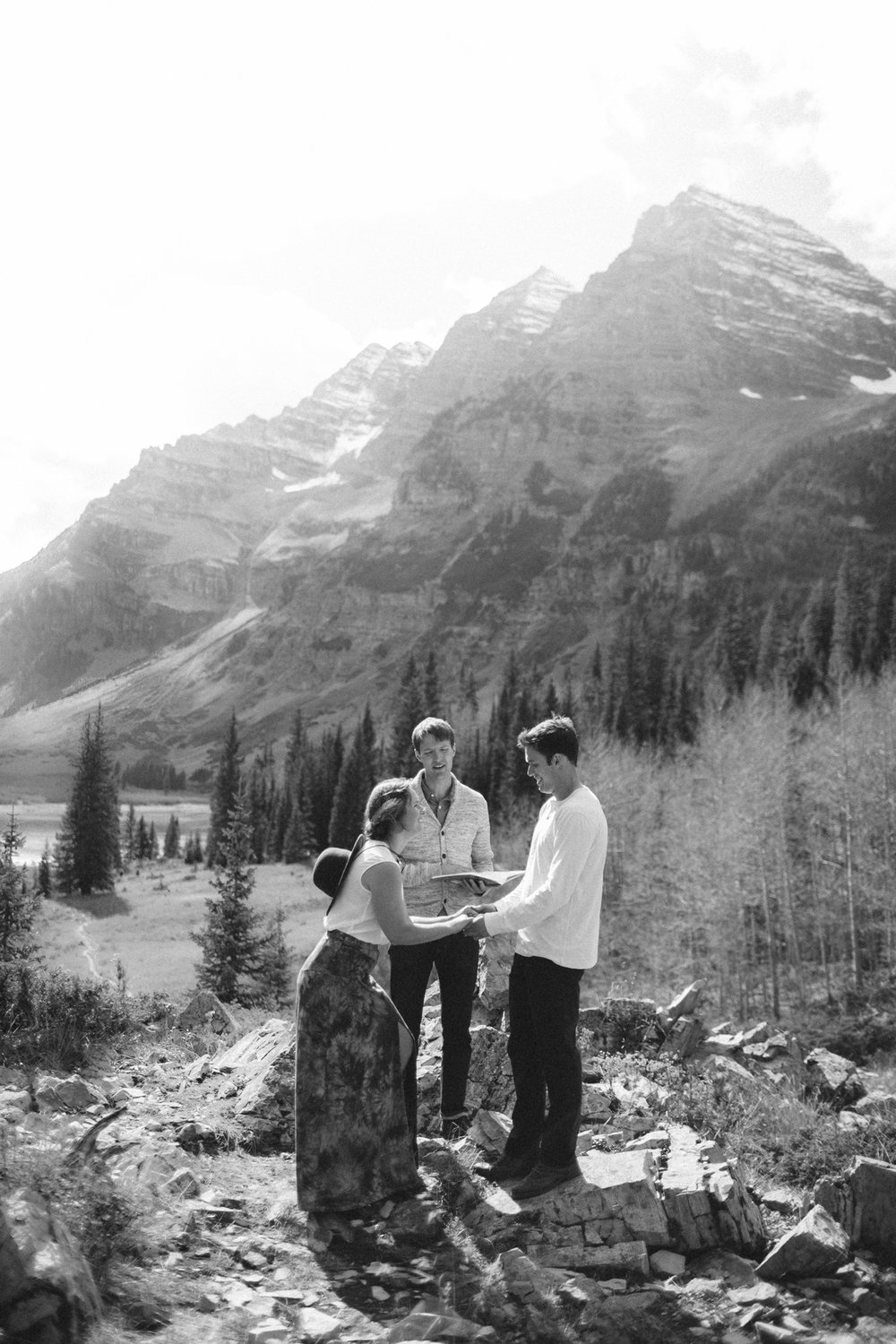 127-elopement-photography--maroon-bells--aspen--colorado--mountain-wedding.jpg