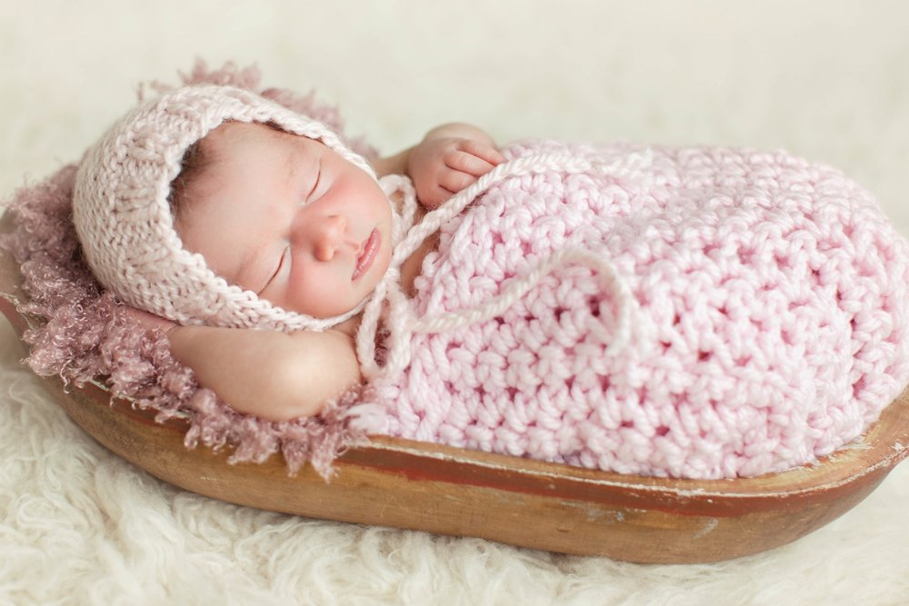 takeny-grace-newborn-photo-session-1.jpg