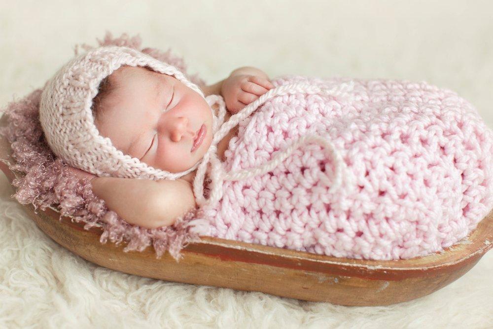 takeny-grace-newborn-photo-session-1.jpg