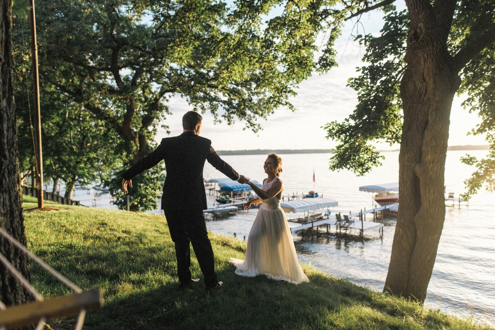 Iowa_Lake_Wedding_0075.jpg