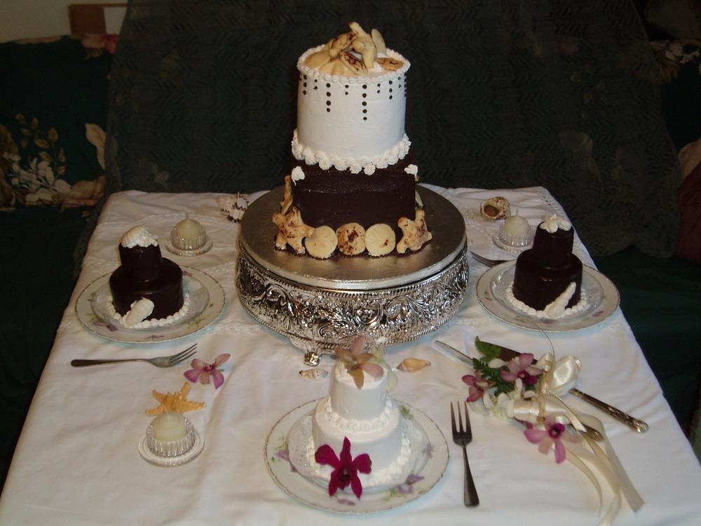 mini cakes.JPG