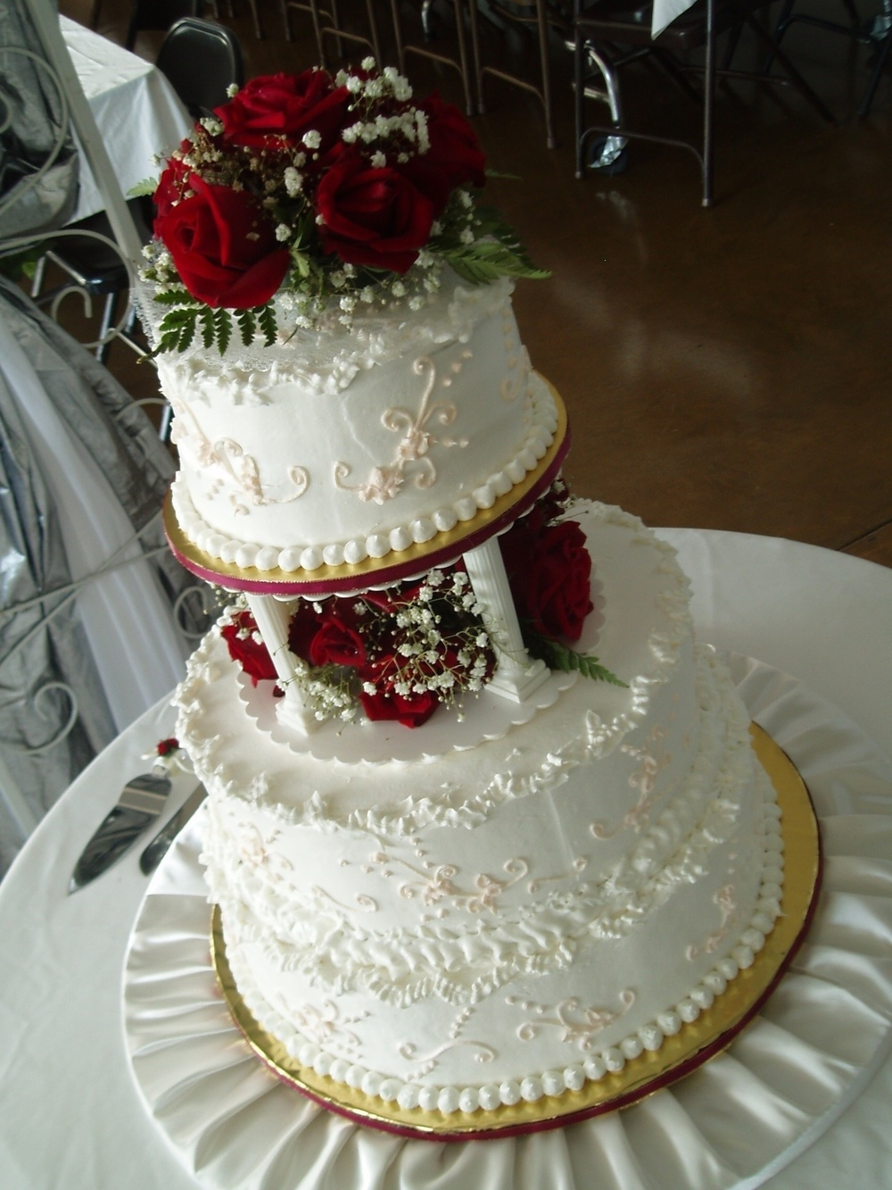 Shauna Gomez 3 tier cake in Makawao.JPG