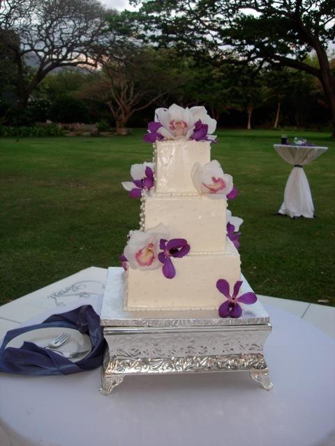 cake Olowalu.jpg