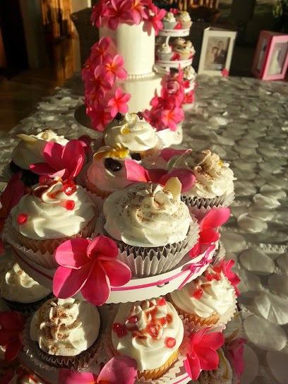 pink cupcakes cake plumeria.jpg