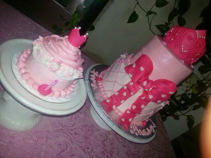 pinkqueen2t1t.jpg