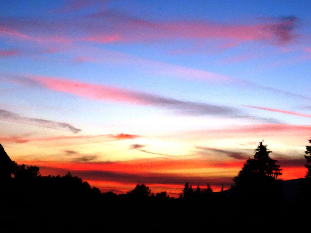 キャンパスから見えた今年一番の夕日