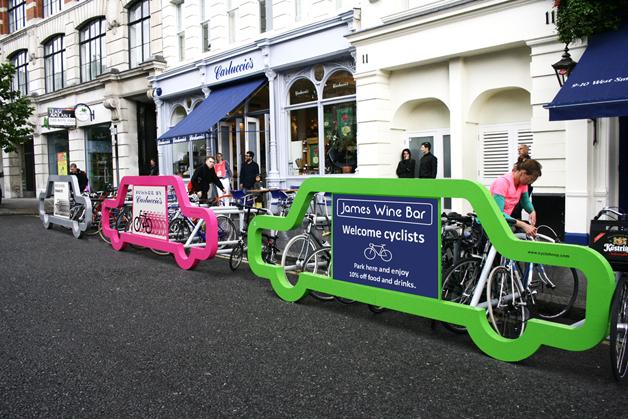 Car Bike Port feito pela agência Cyclehoop, na Inglaterra