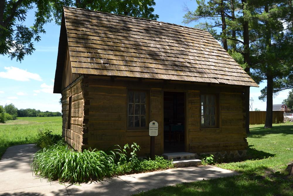 Grabenhorst Log Cabin