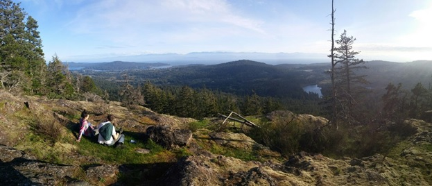 Hiking up Bluff mountain overlooking Sooke