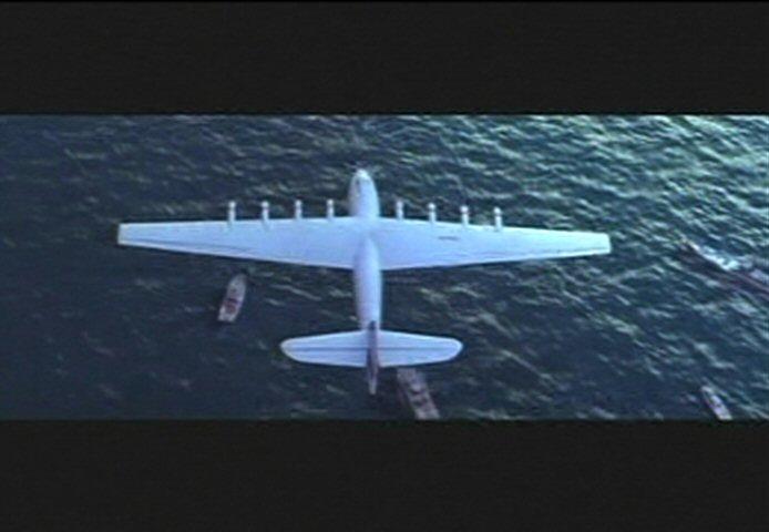 Aviator_Spruce_Goose_movie_clip.jpg