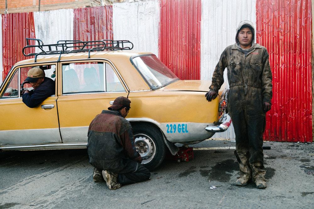 Flat Fix Shop - La Paz, Bolivia