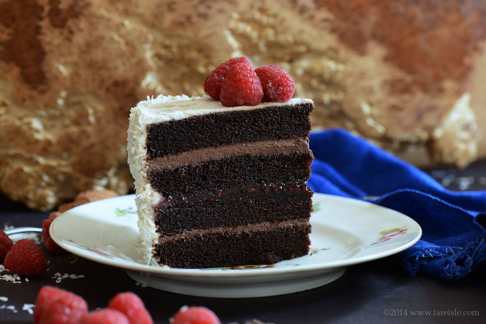 fare isle ultimate vegan chocolate cake 5.jpg