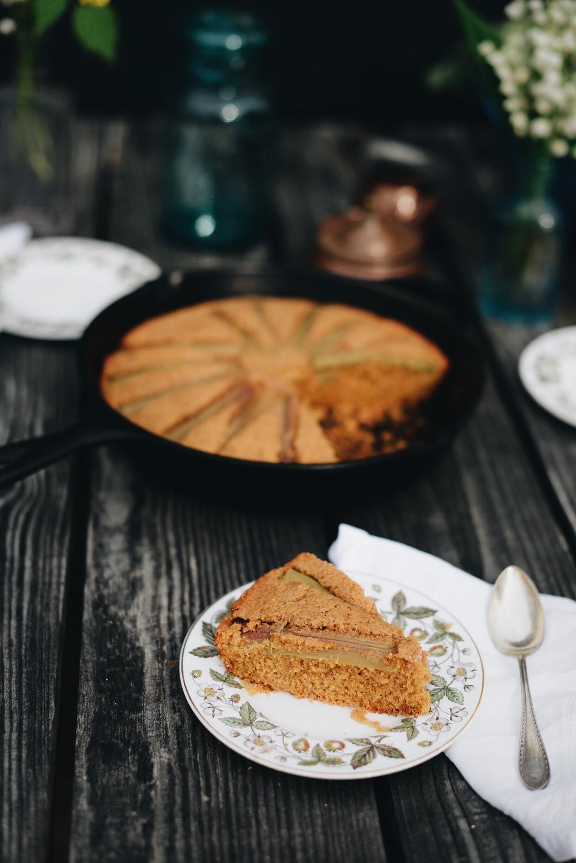 Fare Isle | Vegan Rhubarb Almond Polenta Skillet Cake