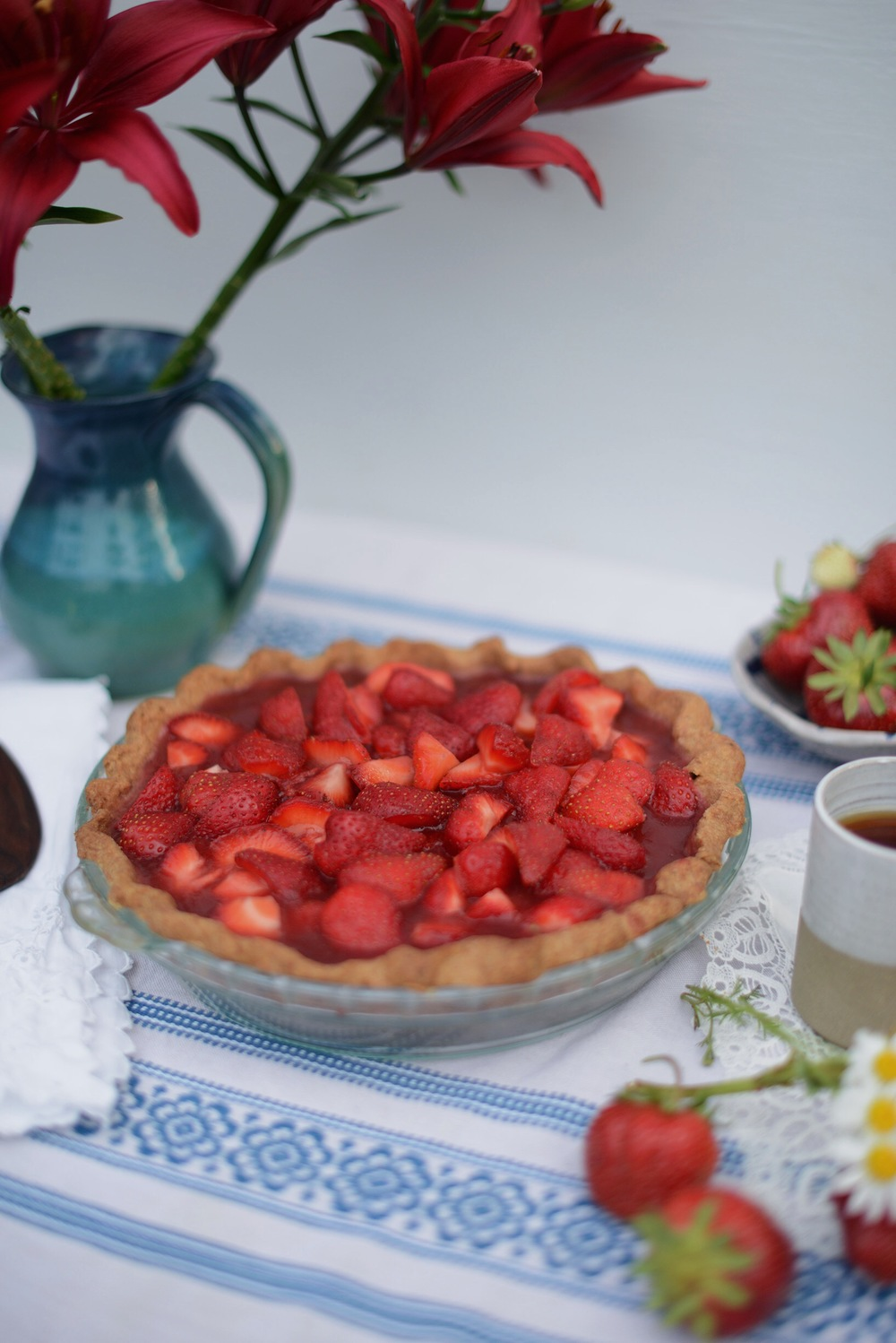 Fare Isle | Vegan Strawberry Icebox Pie