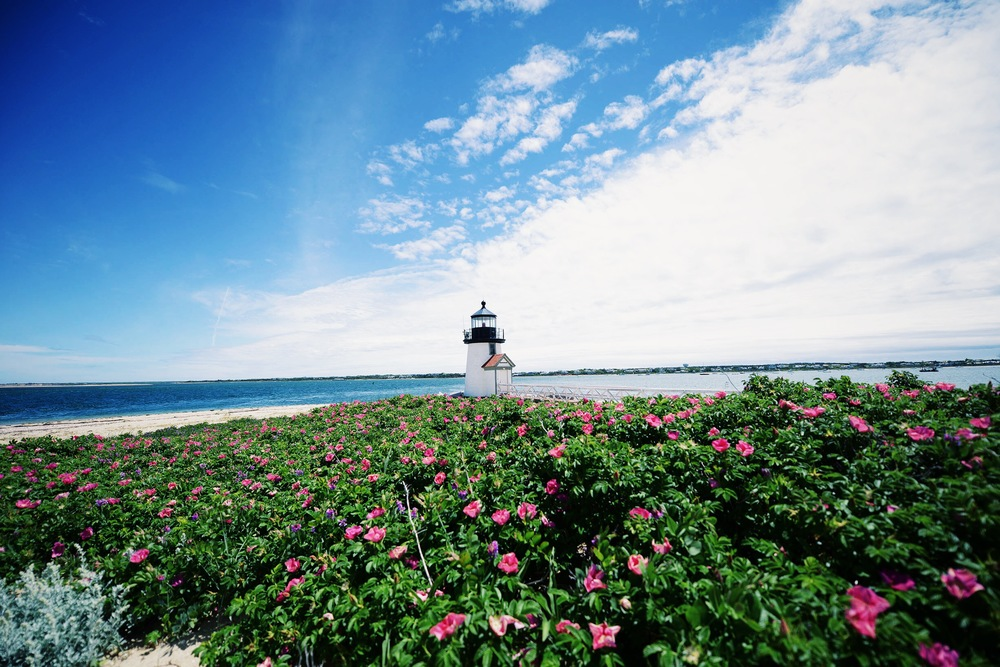 Fare Isle | Brant Point Lighthouse Nantucket