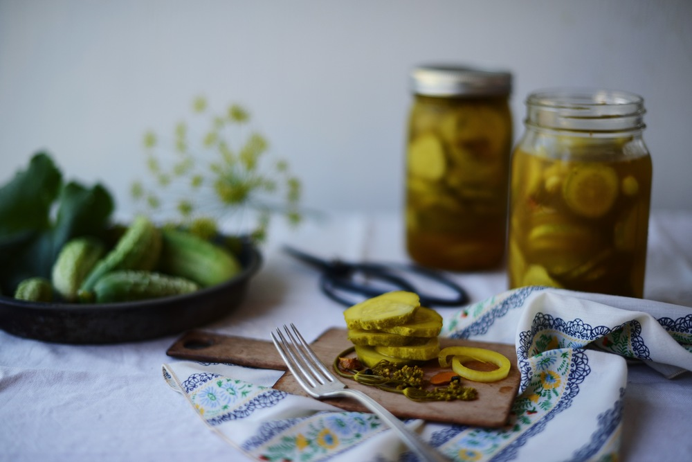 Fare Isle | Sweet & Spicy Bread & Butter Pickles - Sweetened with Maple Syrup - Vegan & Gluten Free