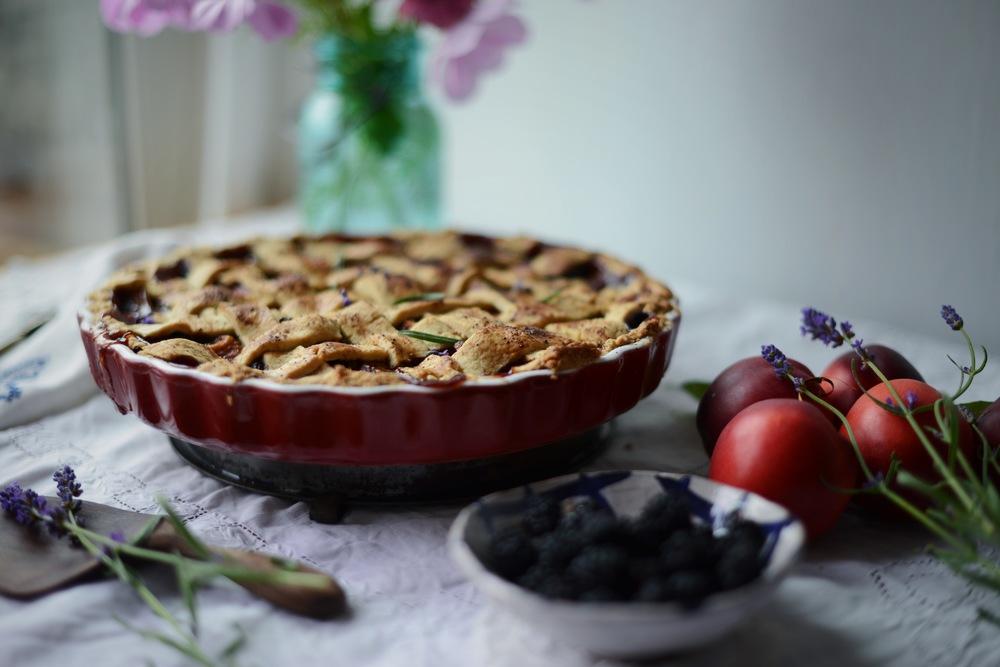 Fare Isle | Apricot Nectartine Blackberry Lavender Tart - Vegan