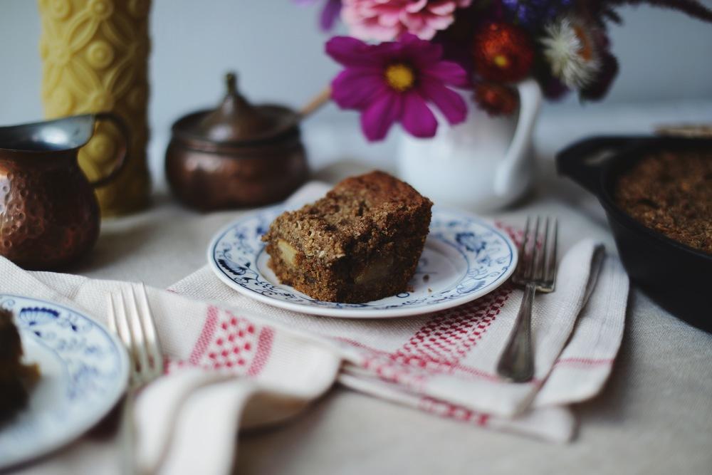 Fare Isle | Skillet Apple  Oat Crumb Cake - Vegan