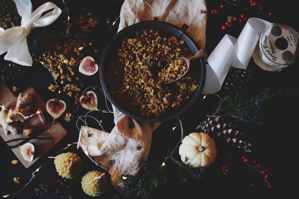 Fare Isle | Vegan Maple-Pumpkin Spice Granola for the Free People Blog