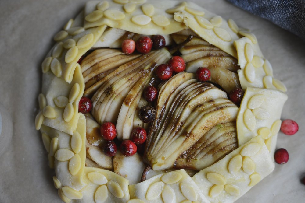 Fare Isle | Vegan Cranberry Pear Galette