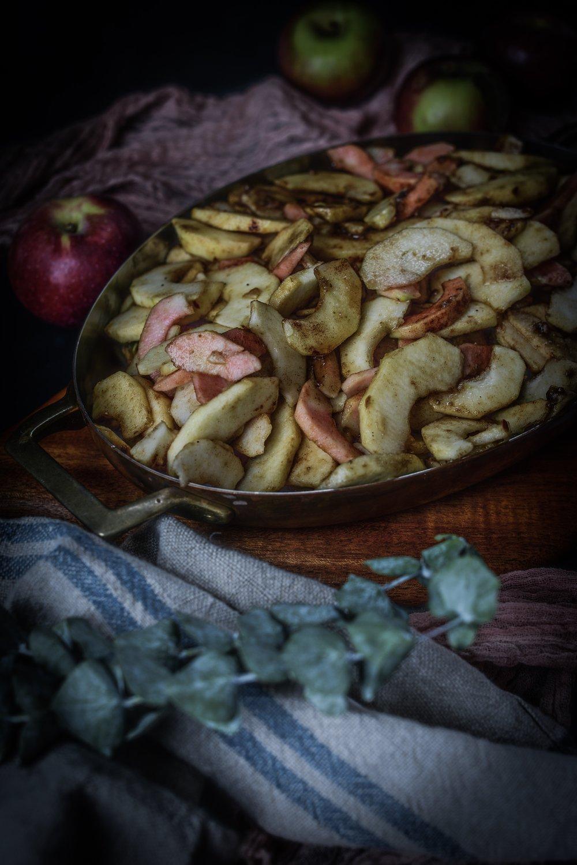 Fare Isle | Rustic Vegan Apple Crumble