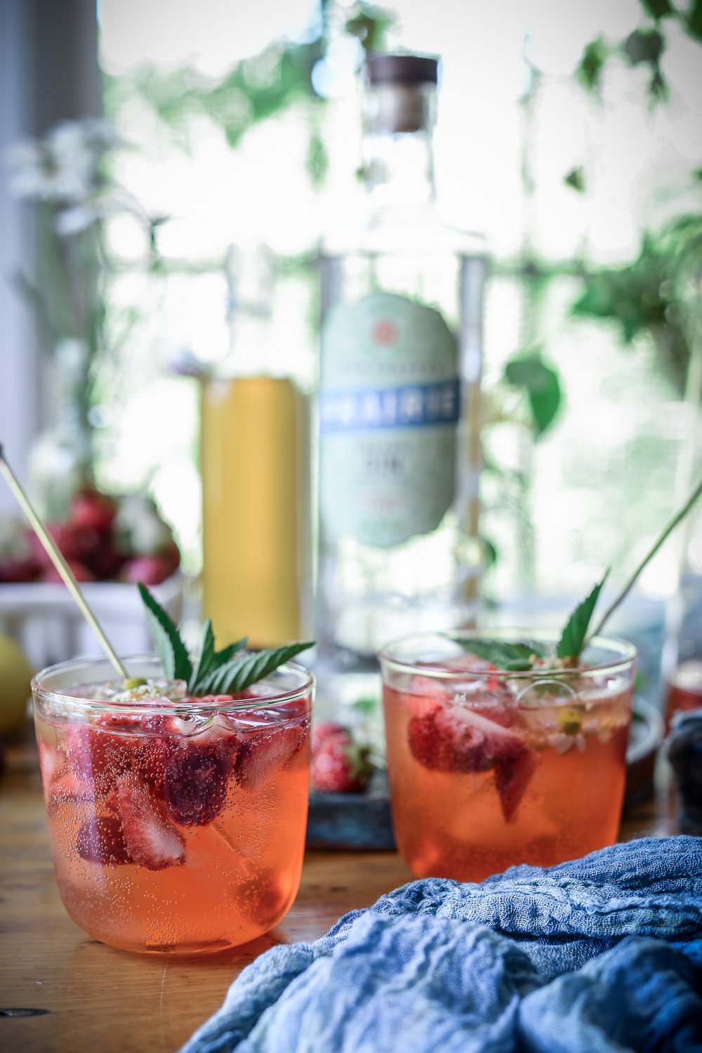 strawberry-gin-smash-14.jpg