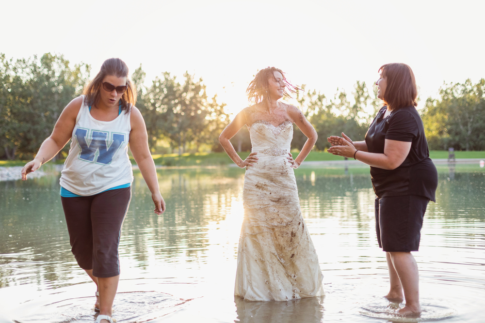 trash_the_dress_medicine_hat_15.jpg