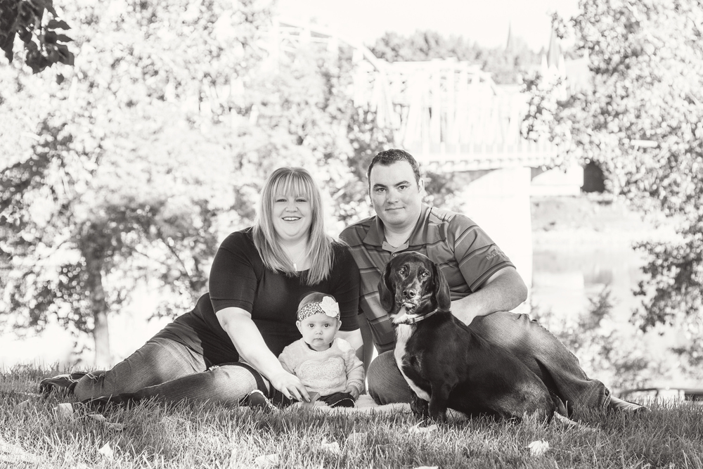 Elise_Ryan_Family_01_bw.jpg