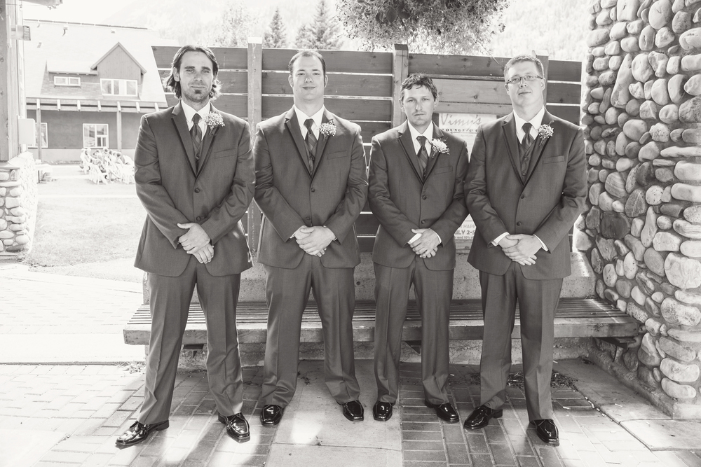 TJ_Wedding_127_bw.jpg