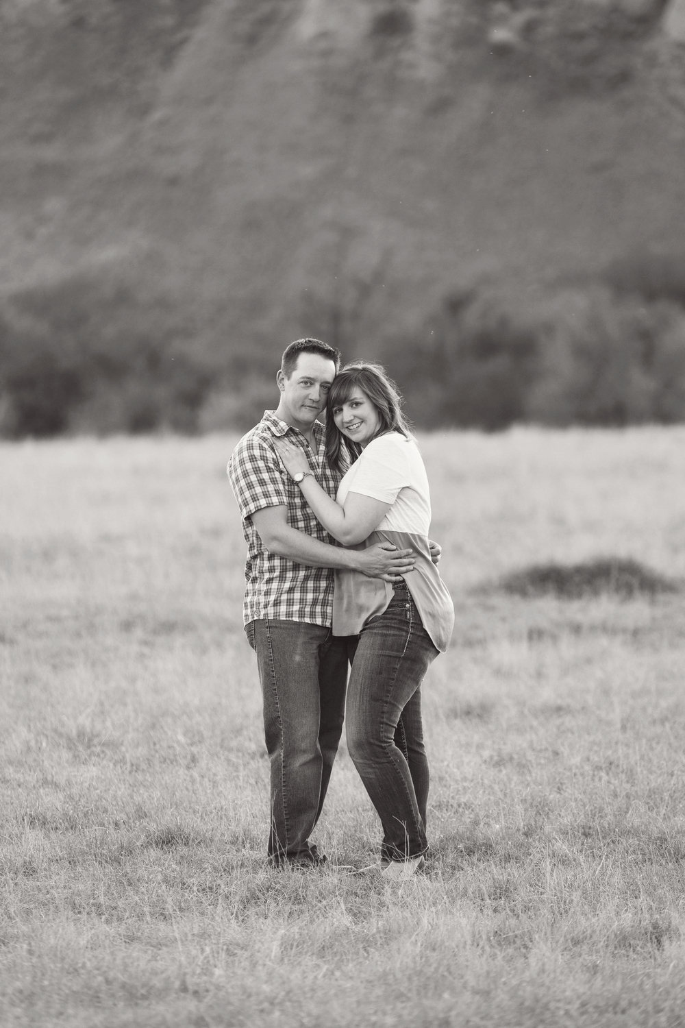 LR_engagement_009_bw.jpg