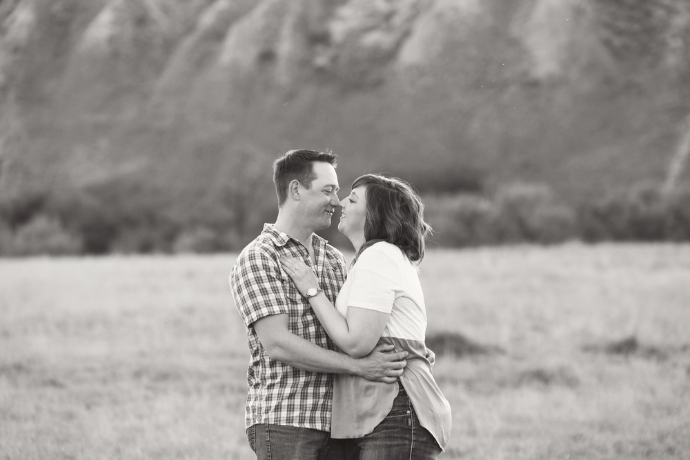 LR_engagement_012_bw.jpg