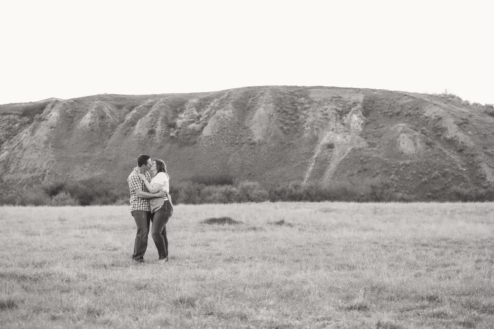 LR_engagement_016_bw.jpg