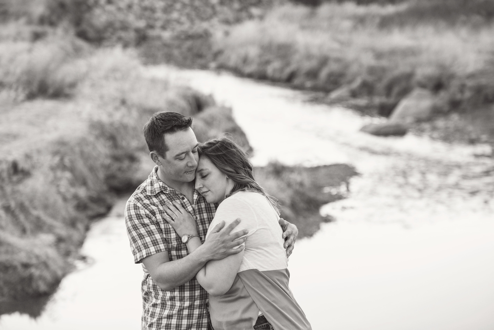 LR_engagement_029_bw.jpg