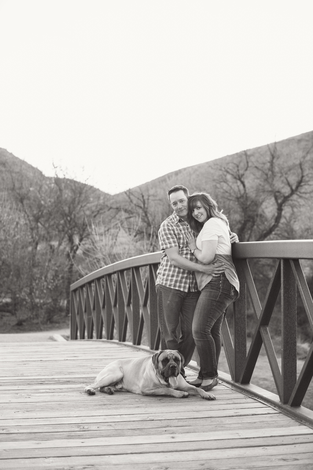 LR_engagement_039_bw.jpg