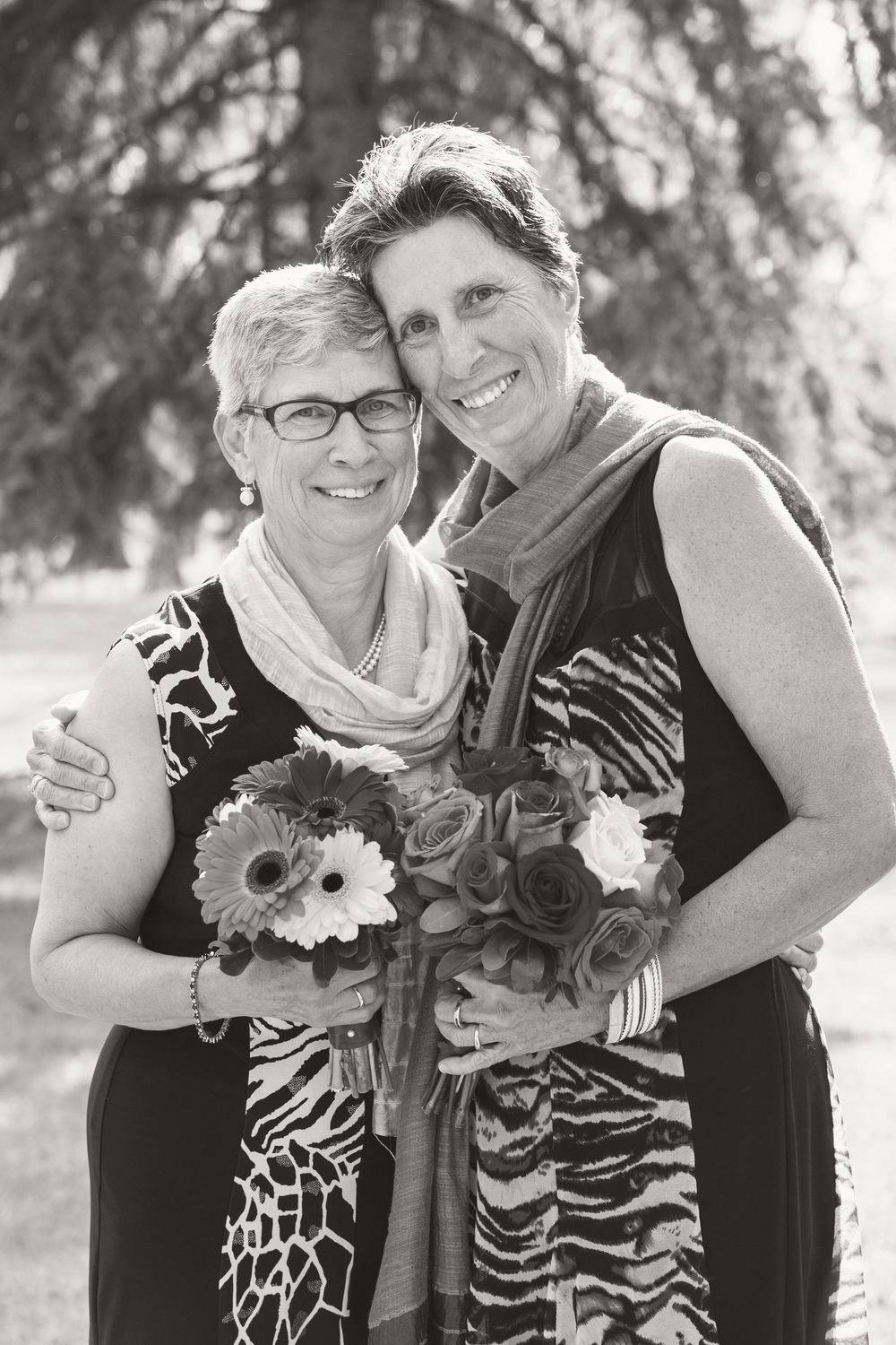 Donna-and-Sue_106_bw.jpg