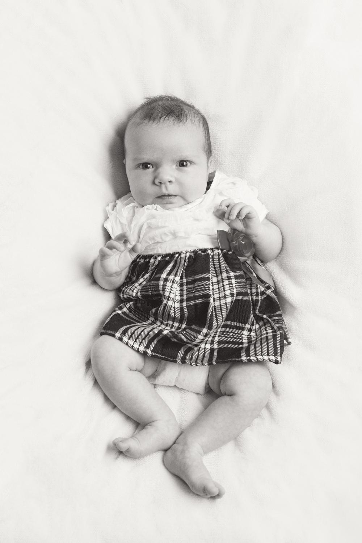 Newborn_029_bw.jpg