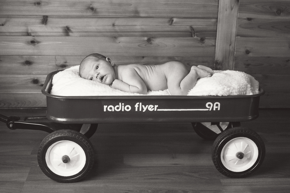 Sawyer_newborn_017_bw.jpg