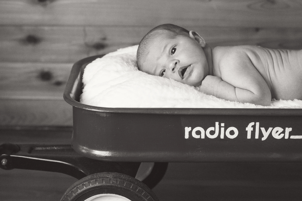 Sawyer_newborn_018_bw.jpg