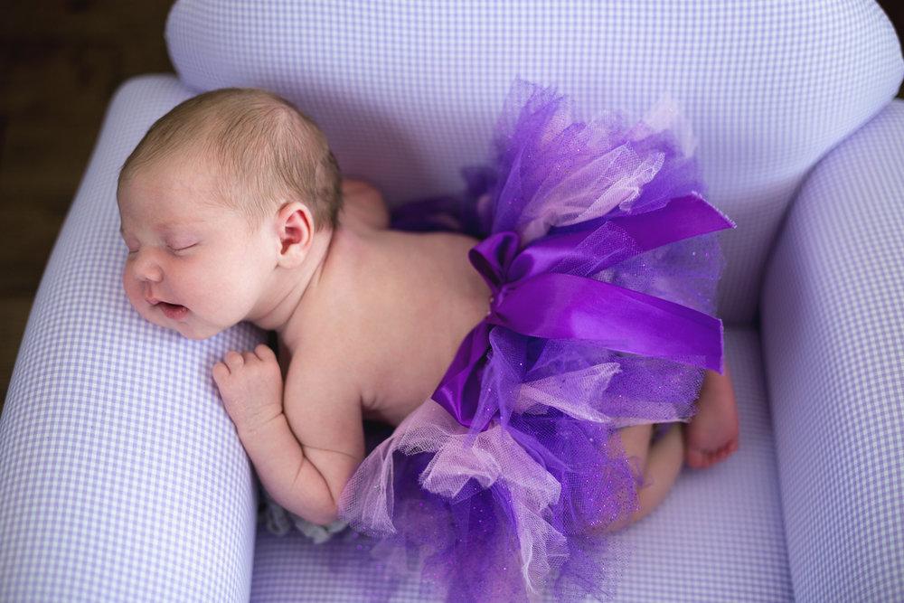 Hallie_Newborn_34.jpg