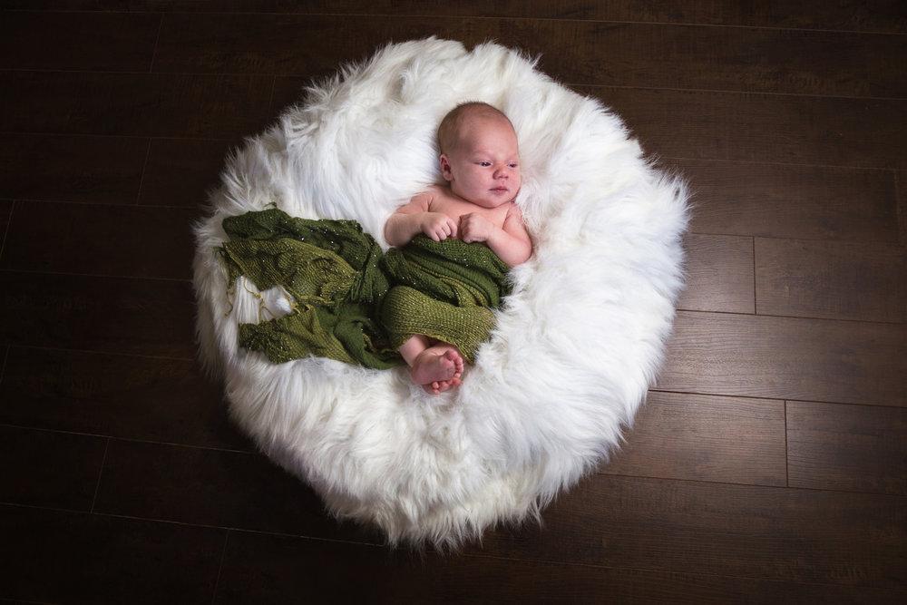 Leo_newborn2017_10.jpg